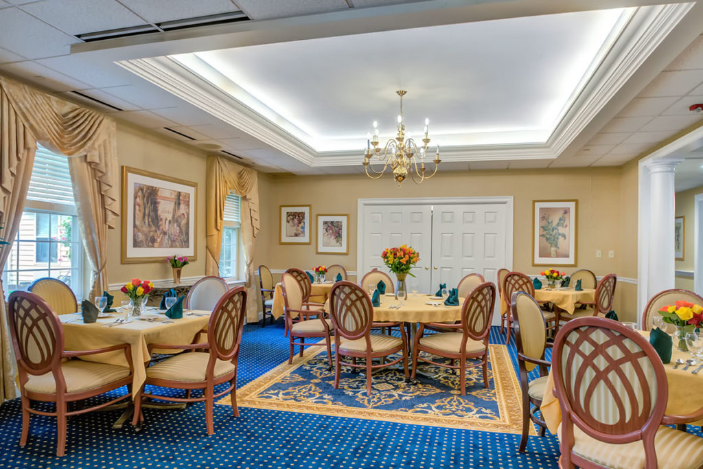 Dining Room at Haverford Estates