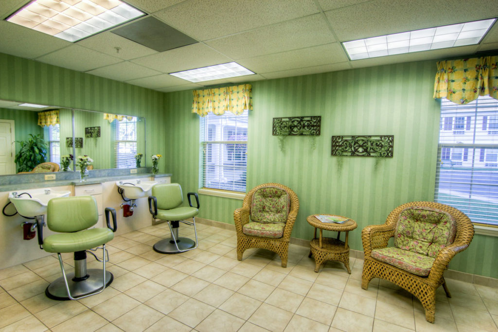 Brandywine Living at Toms River salon with salon chairs